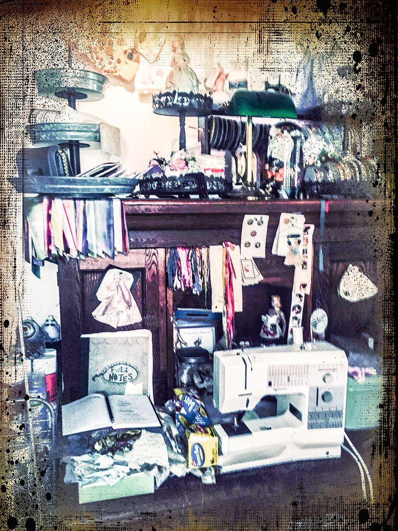 Workroom sewing Machine+studio