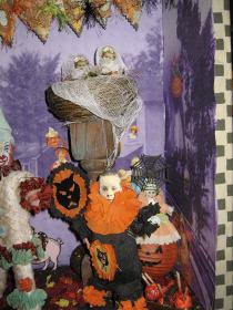 Halloweenball1